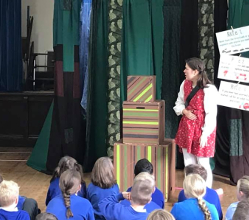 Internet safety and cyber bullying are being brought into the spotlight for youngsters as an educational theatre show has reached more than 1,300 pupils in the Derbyshire Dales.