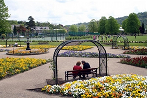 We're proud to manage some of the region's most beautiful parks, gardens and open spaces. From the iconic, award-winning Hall Leys Park in Matlock to a whole host of smaller parks and gardens.
